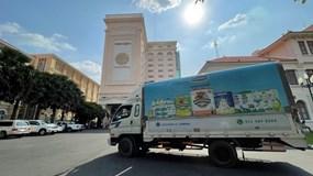 Công ty con của Vinamilk tại Campuchia tặng 48.000 hộp sữa cho người dân 'vùng đỏ'