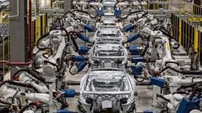 Bậc thầy chuỗi cung ứng: Trong khi ngành ô tô toàn cầu điêu đứng vì thiếu chip, duy nhất Toyota vẫn ung dung vì 1 điều chỉnh từ cách đây 4 năm