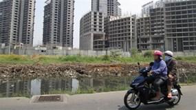 Thấy gì từ việc các ngân hàng liên tiếp phát mãi bất động sản?