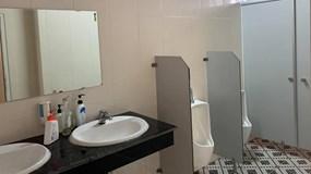 Xôn xao công văn của Huyện ủy xin 1 tỷ đồng nâng cấp nhà vệ sinh