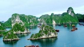 Quảng Ninh: Miễn vé tham quan vịnh Hạ Long để cứu đội tàu du lịch nghìn tỷ
