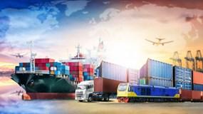 Việt Nam xuất siêu kỷ lục, hơn 30 mặt hàng xuất khẩu trên 1 tỷ USD