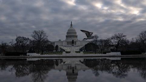 Cảnh báo khẩn cấp: Nghị sĩ Mỹ được khuyên đi đường hầm tới Quốc hội vì