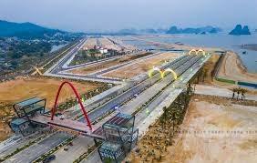Quảng Ninh: Lấn chiếm đất, một doanh nghiệp bị phạt 100 triệu đồng