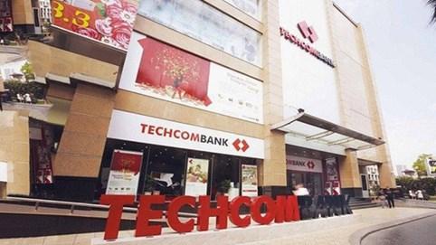 Techcombank: Các nguồn thu ngoài lãi giảm,nhóm nợ 3 và nhóm 4 đang tăng nhanh