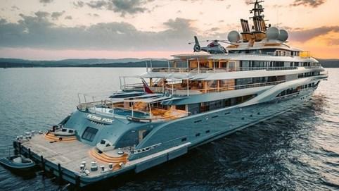Cận cảnh nội thất xa xỉ trên siêu du thuyền đắt nhất thế giới