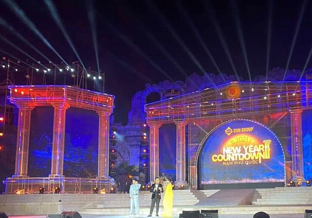 New Year Countdown 2021 Nam Phú Quốc - không gian nghệ thuật đẳng cấp xứng tầm đỉnh cao - Ảnh 9