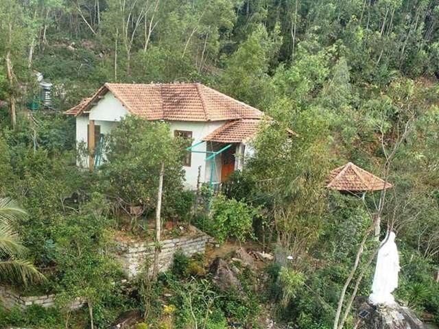 Căn nhà của ông Phan Phi Hổ tại núi Xuân Vân