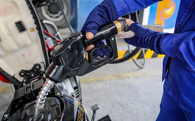 Giữ ổn định giá các mặt hàng xăng dầu từ 15h00 ngày 10/2/2021 để nhân dân yên tâm đón Tết - Ảnh 1
