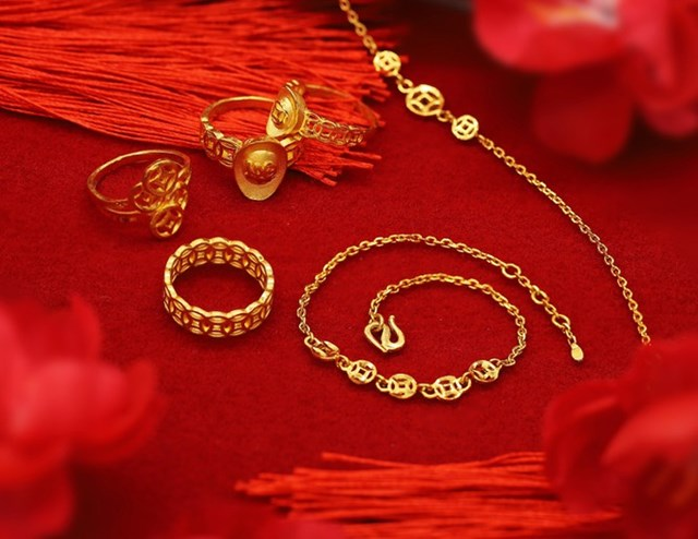 Những món trang sức vàng 24K công nghệ 3D có kiểu dáng đa dạng, mang ý nghĩa thu hút tài lộc khi chủ nhân sở hữu trong Ngày Thần Tài