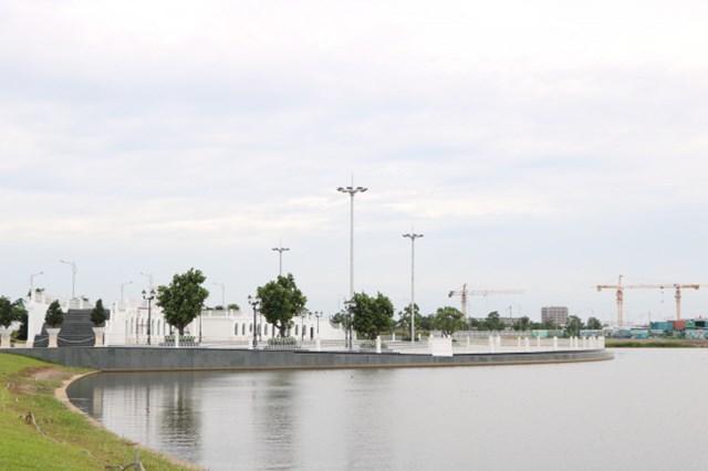 Theo UBND quận Thủ Đúc thì hiện nay các sở ngành thành phố vẫn đang trong quá trình triển khai chưa tổ chức đấu thầu nhưng công viên chuyên đề trong dự án Vạn Phúc City đã được xây dựng.