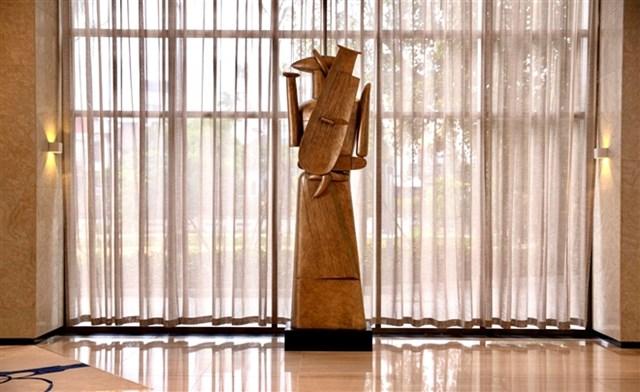 Tượng nghệ thuật được đặt tại một dự án của chủ đầu tư Văn Phú - Invest
