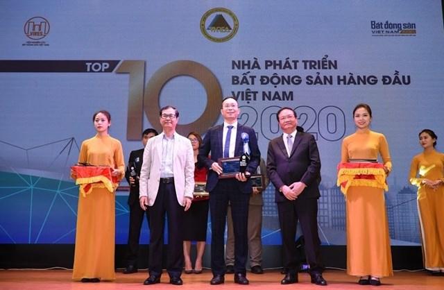 Văn Phú - Invest nhận giải Top 10 nhà phát triển bất động sản hàng đầu Việt Nam.