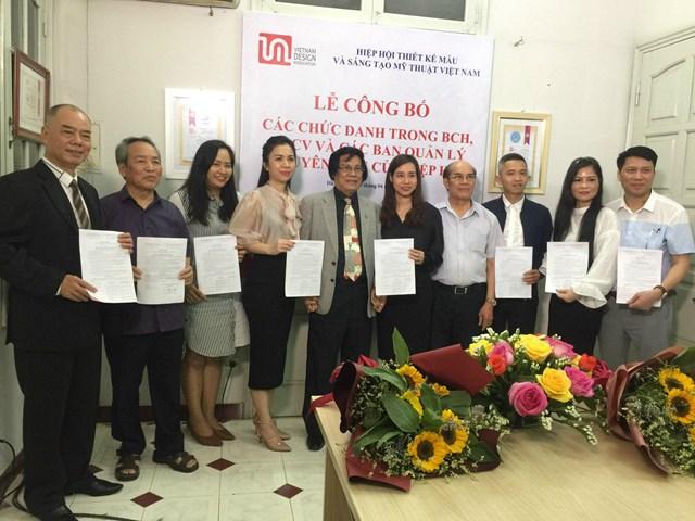 Hiệp hội Thiết kế mẫu và Sáng tạo mỹ thuật Việt Nam công bố các chức danh của Hiệp hội nhiệm kỳ 2018-2023 - Ảnh 5