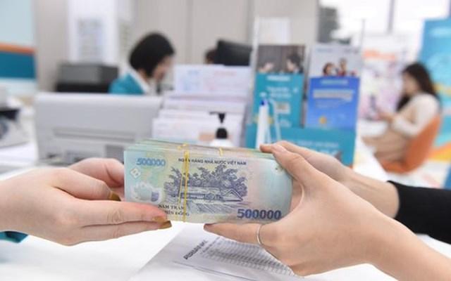 Chênh lệch huy động vốn và tín dụng thu hẹp, thanh khoản ngân hàng có chịu áp lực? - Ảnh 1