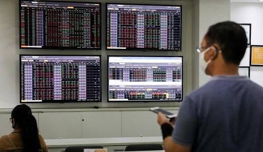 Cổ phiếu SHB được chấp thuận niêm yết giữa lúc HOSE đang 'nghẽn lệnh' - Ảnh 1