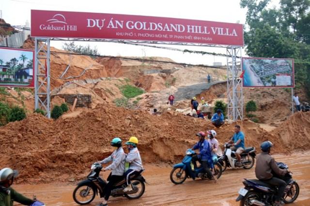 Chủ tịch Bình Thuận lệnh kiểm tra dự án trên đồi núi có nguy cơ sạt lở. Ảnh Phương Nam