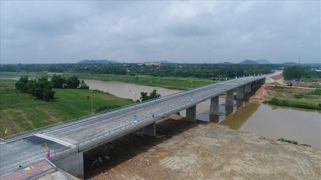 Cơ sở hạ tầng đồng bộ tạo thế và lực cho thị xã Thái Hòa giai đoạn 2021-2026 - Ảnh 3