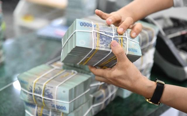 Lãi suất tiết kiệm đồng loạt tăng, gửi tiền tại ngân hàng nào có lợi nhất? - Ảnh 1