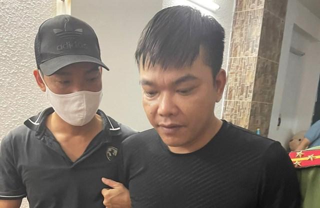 Bị can Nguyễn Văn Quyền được xác định giữ vai trò phụ trách kỹ thuật sàn Hitoption.net - Ảnh: Công an Hải Phòng