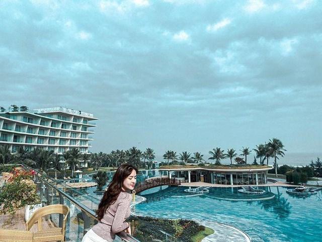 """Trải nghiệm mùa hè mát lịm giữa """"thiên đường nước"""" hơn 150 bể bơi tại FLC Sầm Sơn - Ảnh 2"""