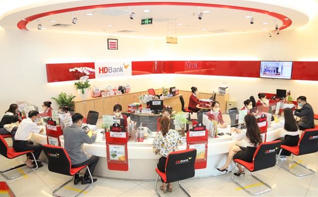 ADB nâng hạn mức tài trợ thương mại cho HDBank lên 125 triệu USD - Ảnh: HDB