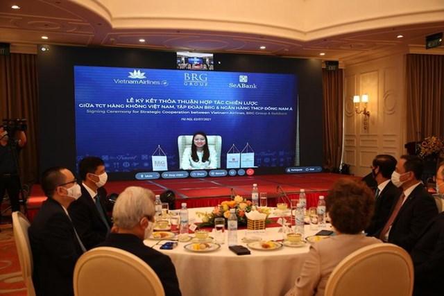 Bà Lê Thu Thủy, Tổng Giám đốc SeABank phát biểu tại lễ ký