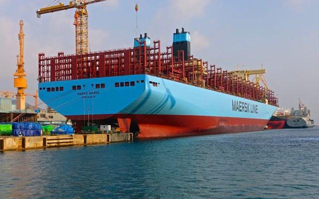 Hãng vận tải container lớn nhất thế giới dự kiến khai trương tuyến đường biển qua Việt Nam vào tháng 8/2021 - Ảnh 1