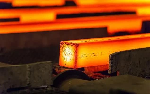 Thép cuộn cán nóng Mỹ vượt 1.700 USD/tấn, dự báo sẽ tiếp tục tăng - Ảnh 1