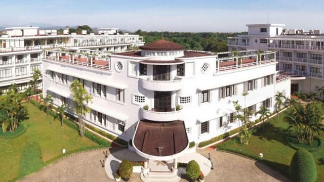 Khách sạn Azerai La Residence Huế.