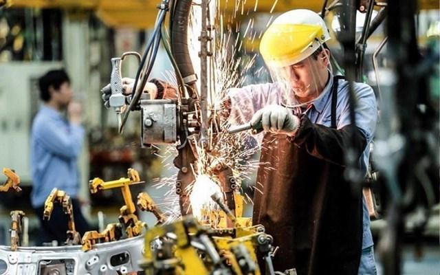 Các chuyên gia nói gì về mục tiêu tăng trưởng GDP 2021 đạt 6% của Việt Nam? - Ảnh 1