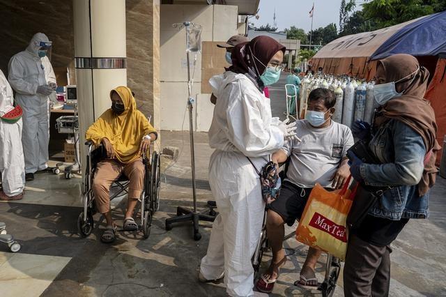 """Số ca nhiễm vượt quá Ấn Độ và Brazil, lý do khiến Indonesia trở thành """"điểm nóng"""" Covid-19 toàn cầu - Ảnh 8"""