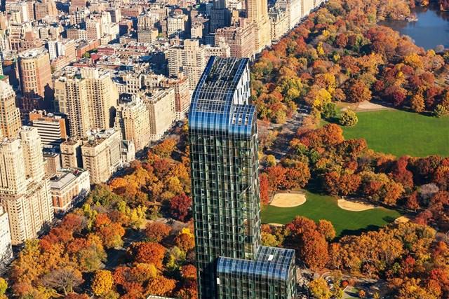 Tòa tháp One57 nổi bật tại trung tâm Manhattan (one57.com).
