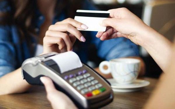 Từ ngày 1/9/2021 sẽ giảm 50% phí dịch vụ thanh toán điện tử liên ngân hàng.