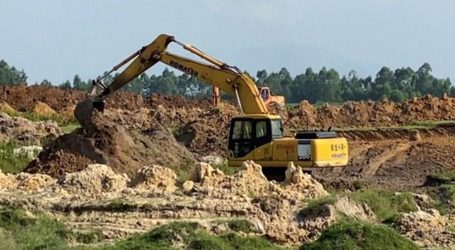 Dù chưa đủ những thủ tục cần thiết, dự án Khu đô thị mới Thanh Minh (TX.Phú Thọ, tỉnh Phú Thọ) vẫn được triển khai thi công xây dựng.