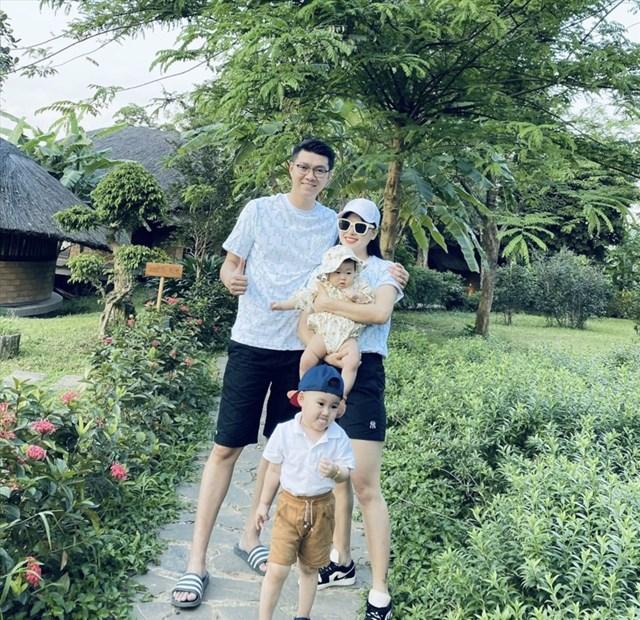 Gia đình MC Việt Anh.