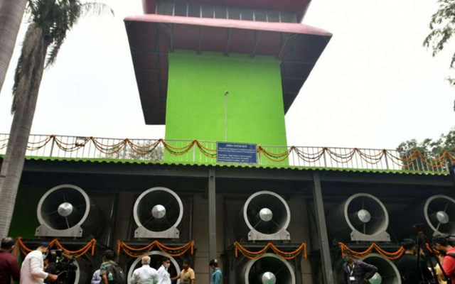 Ấn Độ khánh thành tháp lọc không khí đầu tiên ở Delhi - Ảnh 1