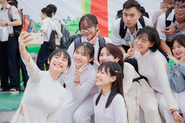 CHÍNH THỨC: Học sinh TP.HCM được miễn học phí học kỳ I năm học 2021 - 2022 - Ảnh 2