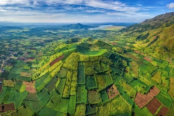 Núi lửa Chư Đăng Ya là một trong những điểm đến thú vị bậc nhất của Gia Lai (Nguồn: Shutterstock)