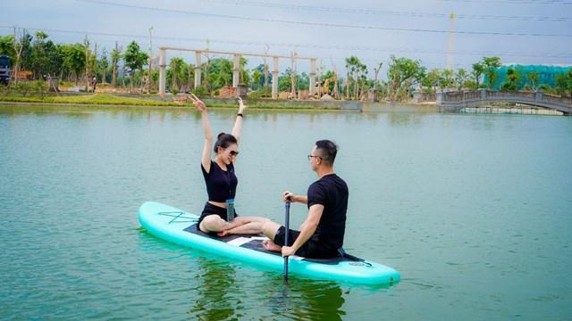 Công viên Hồ Mắt Rồng – nơi lý tưởng cho ngày mới năng động.