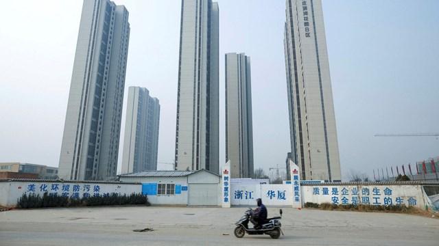 Economist: Khủng hoảng bất động sản sẽ khiến mô hình tăng trưởng kinh tế của Trung Quốc sụp đổ - Ảnh 3