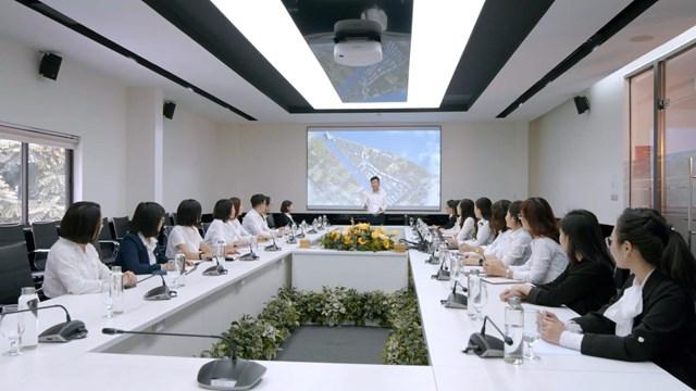 """Văn Phú - Invest được vinh danh giải thưởng """"Nơi làm việc tốt nhất châu Á"""" - Ảnh 3"""