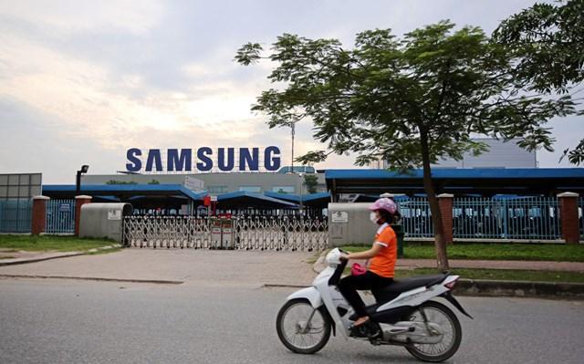Bloomberg: Các 'ông lớn' Samsung, Intel dự kiến khôi phục sản xuất hoàn toàn vào tháng tới? - Ảnh 1