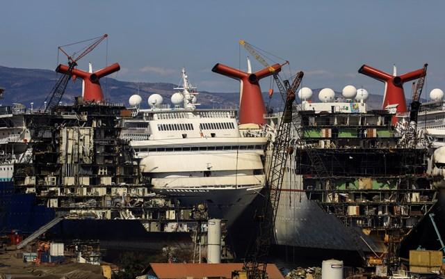 Những hình ảnh cho thấy hệ quả 'thảm khốc' của Covid-19 lên ngành công nghiệp du thuyền - Ảnh 3