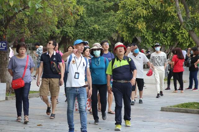 Do ảnh hưởng dịch của Covid-19, ngành du lịch Việt Nam dự kiến giảm hơn 80% lượng khách quốc tế. Ảnh: VTC