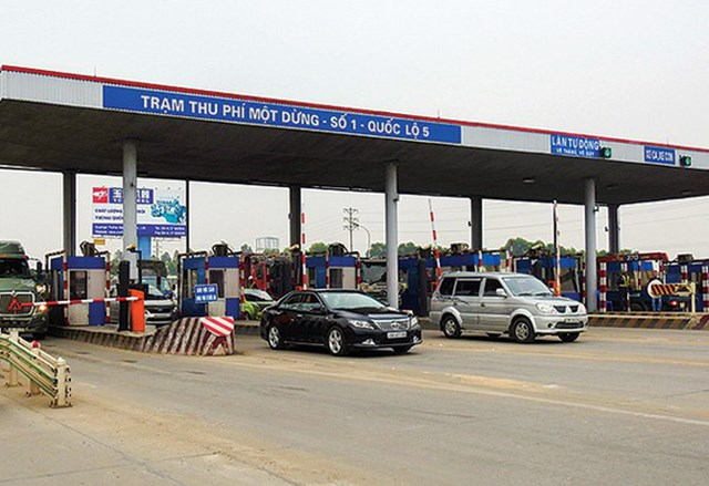 Một trạm BOT trên quốc lộ 5.