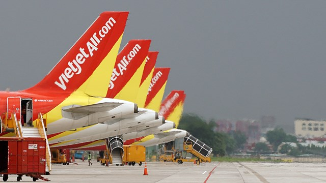 """Doanh nghiệp đề xuất Chính phủ hỗ trợ các hãng hàng không """"mở cửa bầu trời nội địa"""" - Ảnh: TTXVN"""