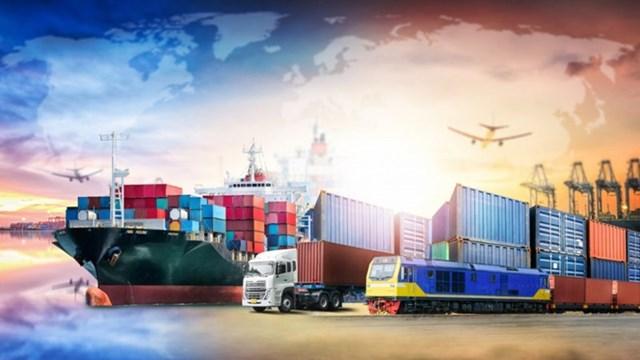 Việt Nam xuất siêu kỷ lục, hơn 30 mặt hàng xuất khẩu trên 1 tỷ USD - Ảnh 2