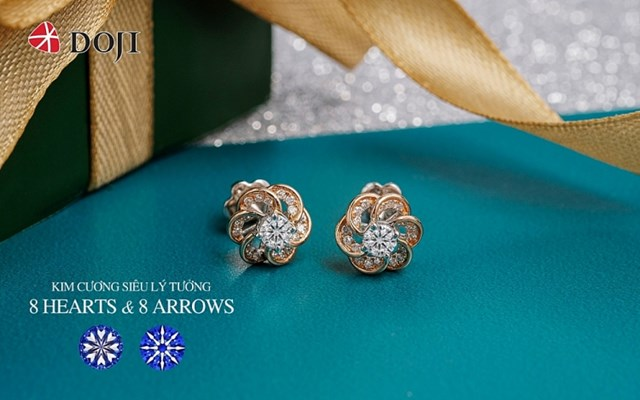 """Things"""", liên tục được săn đón với mức giá chỉ từ 15 triệu đồng. Vượt qua giới hạn của món phụ kiện thông thường, trang sức kim cương 8 Hearts & 8 Arrows của DOJI giúp phái đẹp phô diễn phiên bản hoàn hảo, tự tin nhất của mình."""