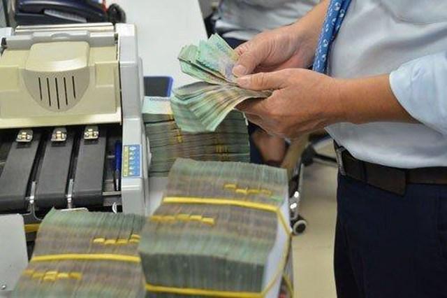 'Bảo bối' nào giúp ngân hàng chưa hết năm đã dồn dập 'khoe' lãi khủng? - Ảnh 1